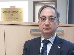 Manuel Vegas Lara, presidente de la Asociación Española de Directores de Hotel (AEDH)